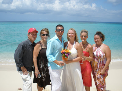 Barefoot Beach Wedding for Cruisers to Cayman - image 7