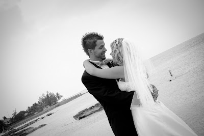 Cruisers enjoy this Smith's Cove, Grand Cayman Beach Wedding - image 4