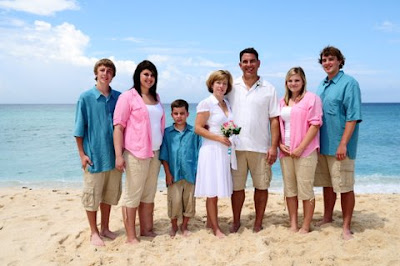 Family Style Wedding in Grand Cayman - image 2