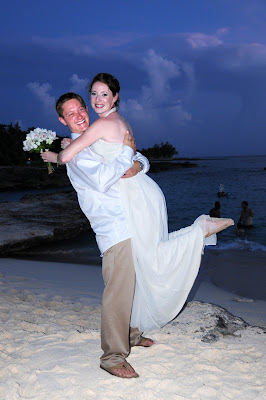 Smith's Cove, (Grand Cayman) Rocks for This Calfornia Couple - image 6