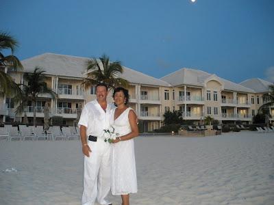 Encore Wedding, Seven Mile Beach, Grand Cayman - image 6