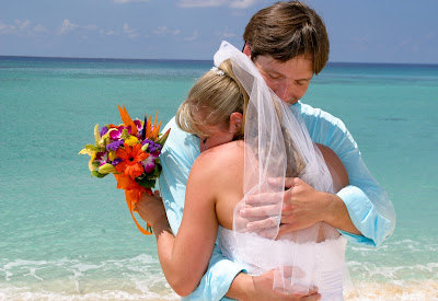 All the Ingredients for a Grand Cayman Cruise Beach Wedding - image 4