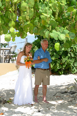 All the Ingredients for a Grand Cayman Cruise Beach Wedding - image 2