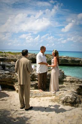 Beautiful Cruise Wedding at My Secret Cove, Grand Cayman - image 1