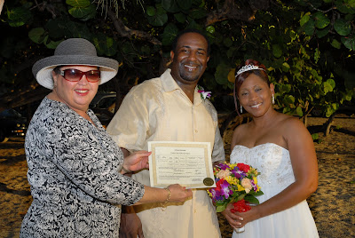Cayman Wedding at Sunset for Memphis Visitors - image 2