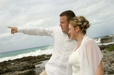 Fantastic Cayman Photography for German Couple's Beach Wedding - image 2