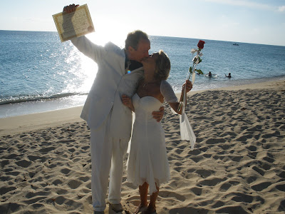 Sunday Afternoon Wedding, Seven Mile Beach, Grand Cayman - image 4