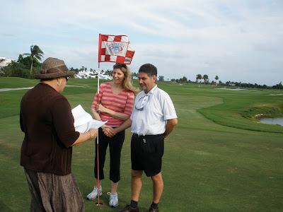 Grand Cayman Golf Course Wedding on 18th Hole - image 3