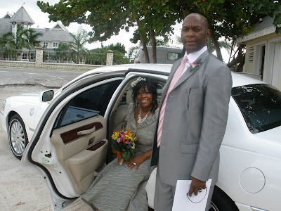 Chicago Couple Celebrates New Year Cayman Islands Wedding - image 1