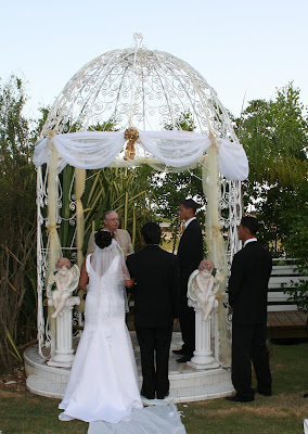 Imagine Your Cayman Garden Wedding here - image 3