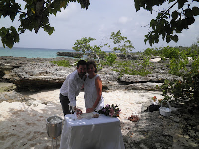 Why a Grand Cayman Wedding Vow Renewal is a Good Idea - image 3