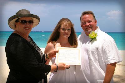 Pensacola Wedding Pair Choose Cayman's Turquoise Water - image 1