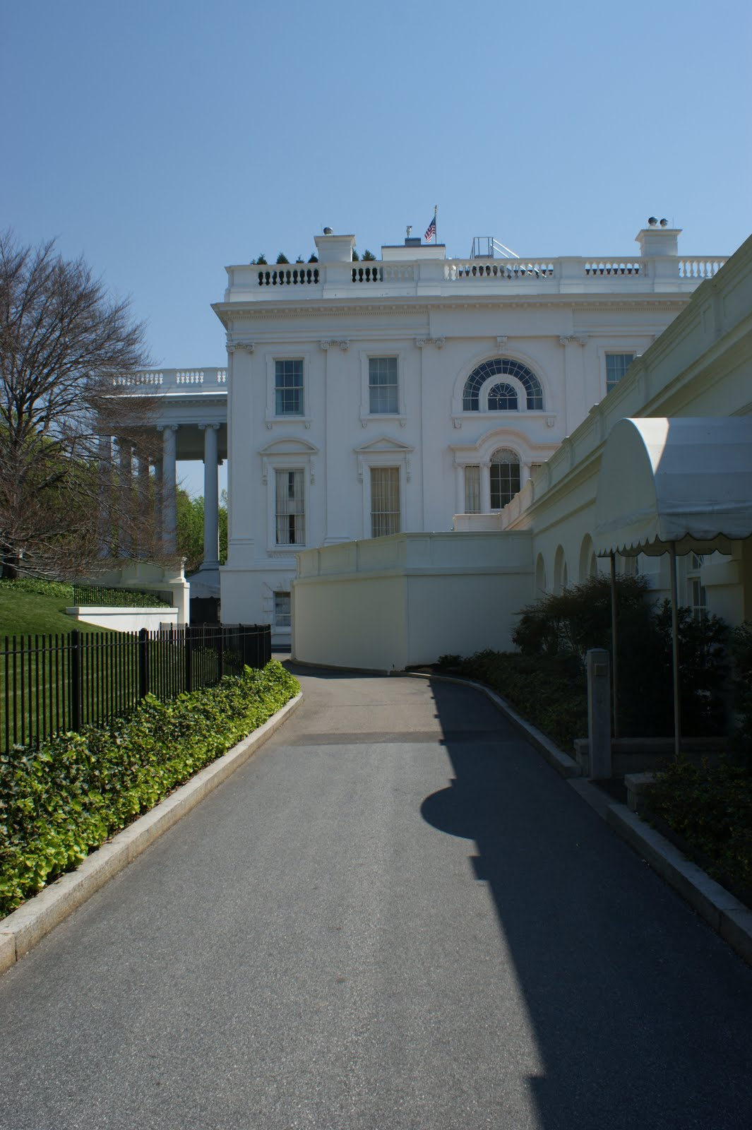 the richardsons behind the scenes at the white house. Black Bedroom Furniture Sets. Home Design Ideas