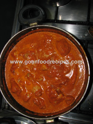Semi cooked chicken shakuti