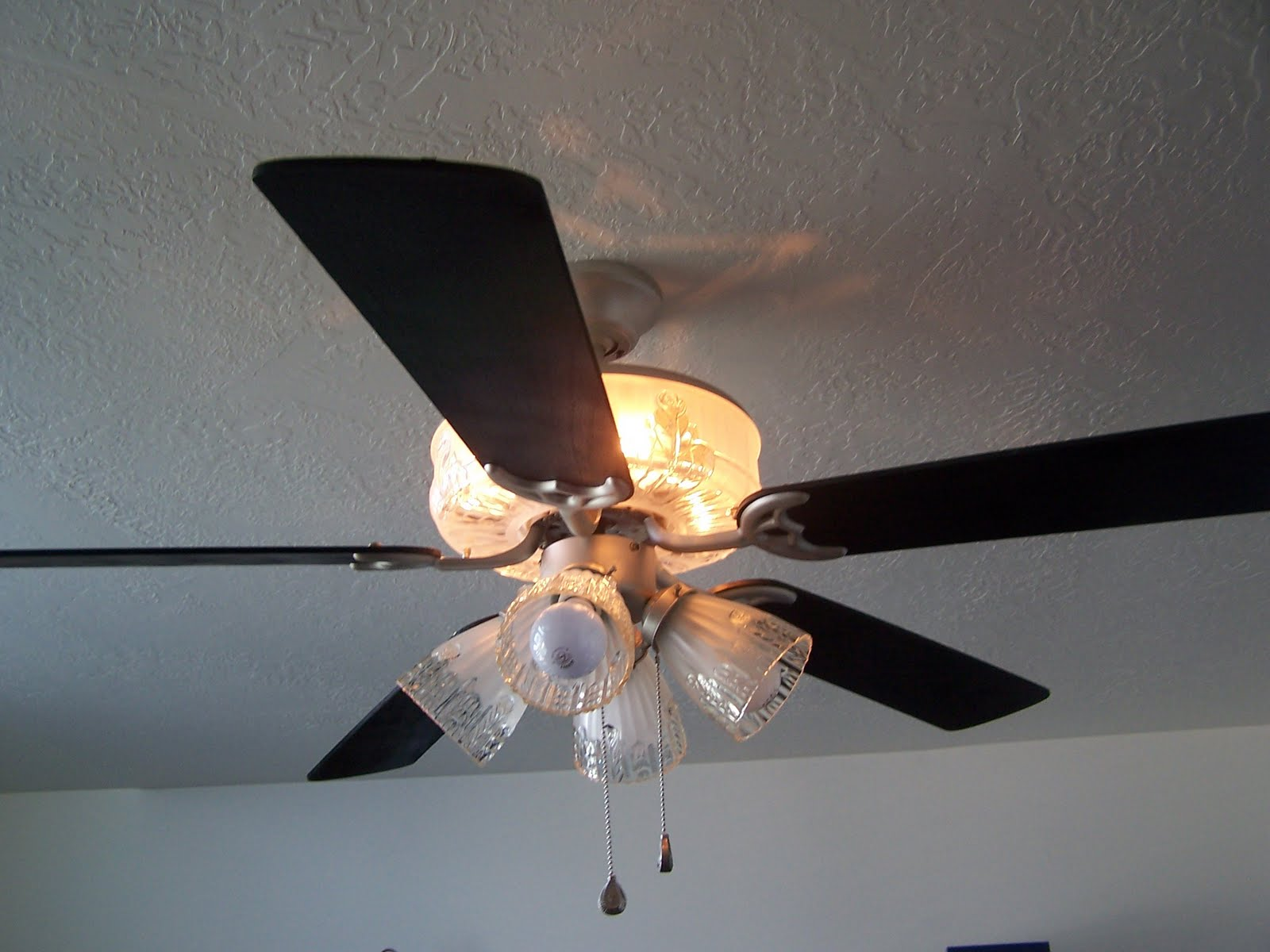 Batchelors Way: My $3 Ceiling Fan