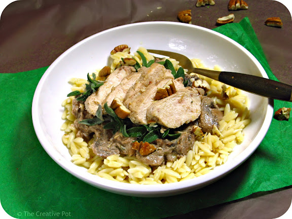 Chicken with Pecan Cream & Mushrooms