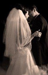 [bride+groom.jpg]