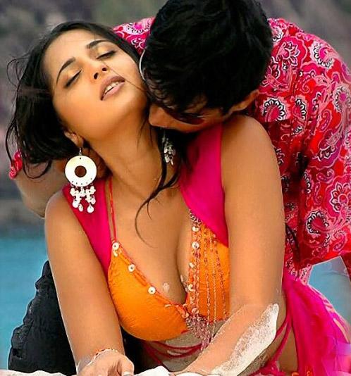 Sexy Anushka