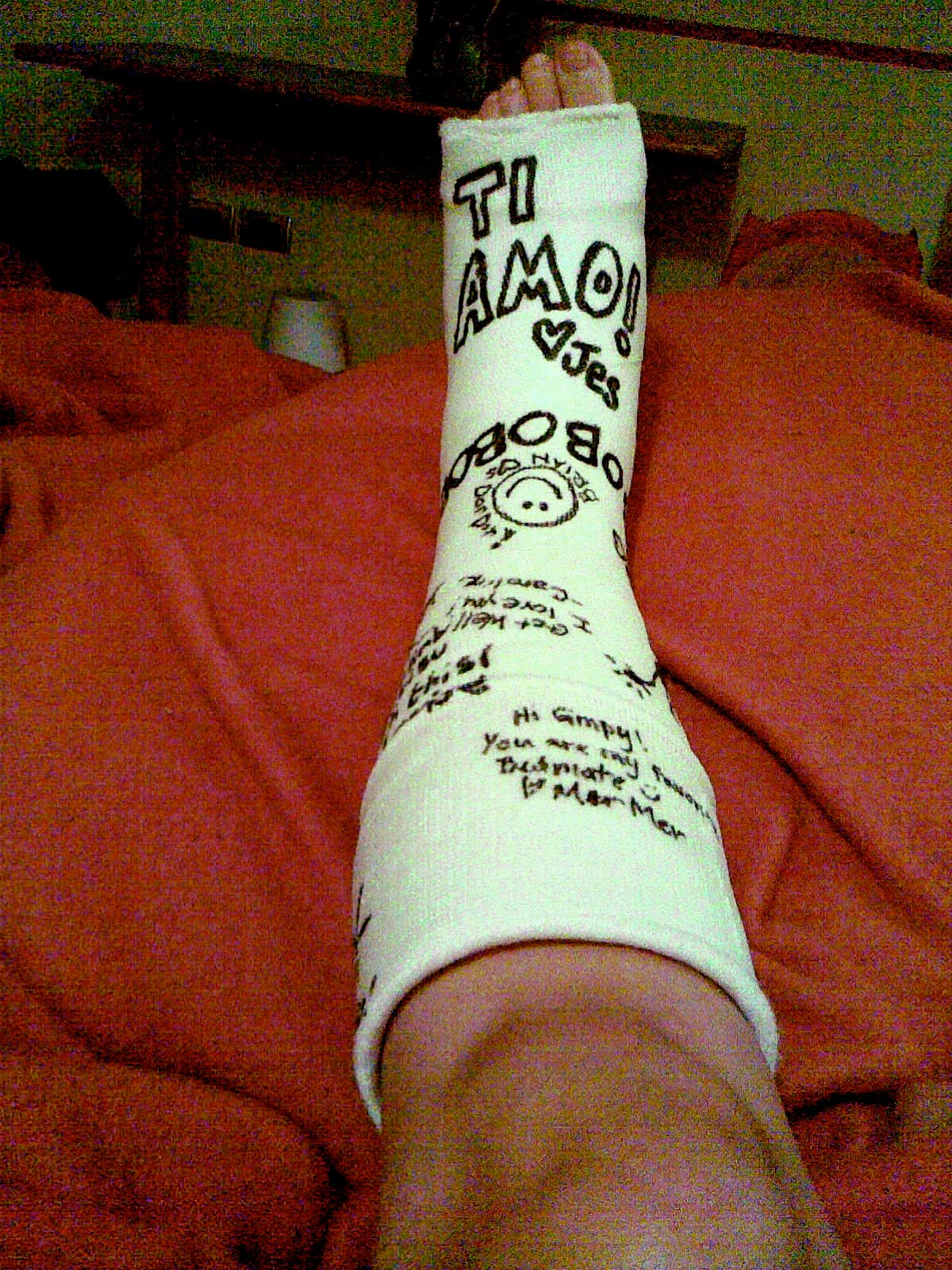 The cast the signatures make me happy thanks everybody!!-1.bp.blogspot.com