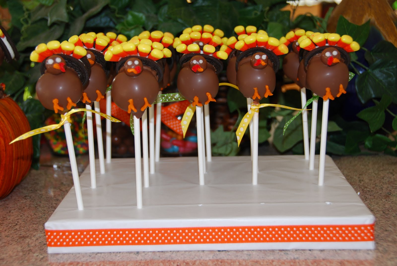 Cake Pop Ideas For Thanksgiving : Turkey Cake Pops Cake Ideas and Designs