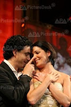 "Anna and Rolando at the gala night ""Of friends for friends"" in Vienna on 19th May 2006"