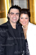 Anna and Rolando after a performance of L'elisir d'amore at the state opera Vienna on 06th April 05