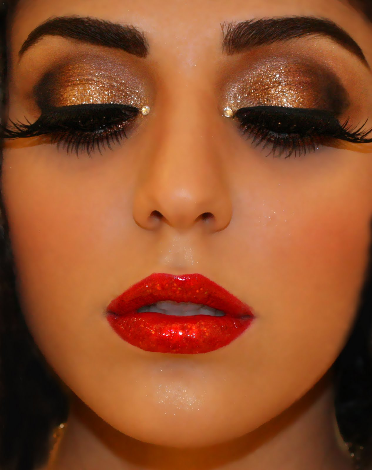 Eman makeup Make Ever natural eyes blue for Glamour Seminar Up  tumblr Holiday Makeup: For look