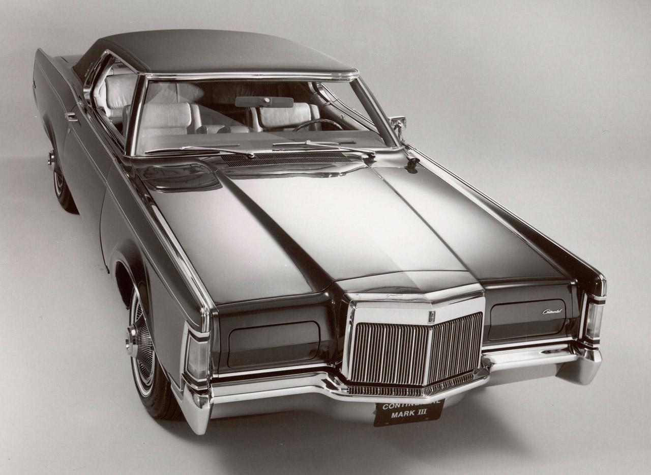 1970 lincoln continental sedan