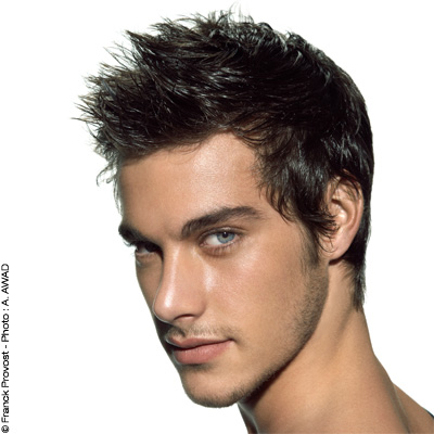 تسريحات شعر رجالية  BE865093