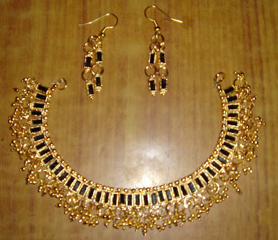 black stone neck set