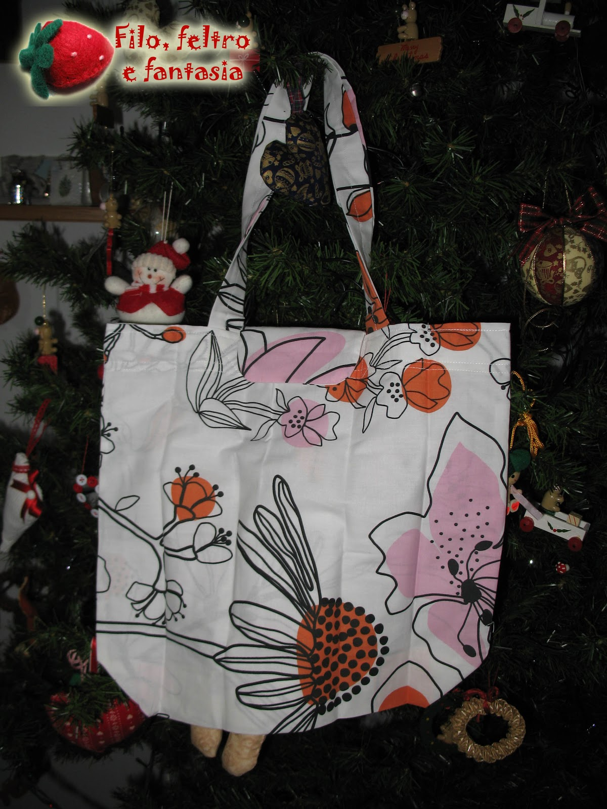 I regali sono come i rotoloni regina filo feltro e - Borsa pranzo ikea ...