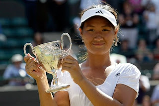 Noppawan Lertcheewakarn wins singles at Wimbledon