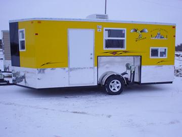 Homemade ice fishing house - photo#24