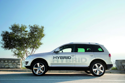 Volkswagen Touareg Hybrid Car 2010 News Review