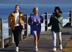 http://1.bp.blogspot.com/_ZJ8S-nzxGPg/RzxYAn04I5I/AAAAAAAAABI/WX6F9BMdDpo/S254/power+walking+women.jpg