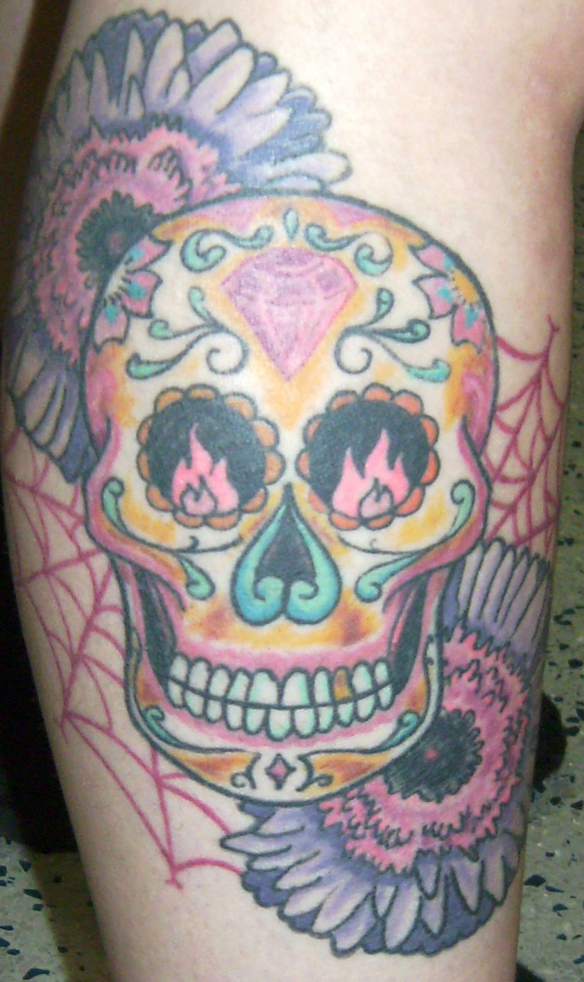 tattoosday a tattoo blog juli 39 s right calf a sugar skull and more. Black Bedroom Furniture Sets. Home Design Ideas
