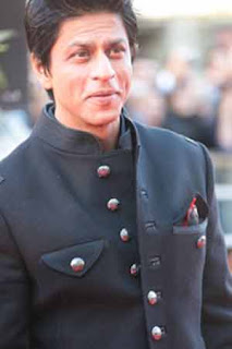 Shahrukh Khan dedicates 'Ra.One' to fathers