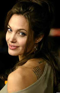 Angelina Jolie defends Bosnian movie