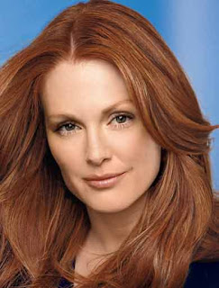 Hollywood Actress Julianne Moore was teased over hair in school