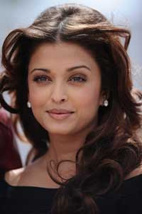 Aishwarya Rai to play a different role in 'Guzaarish'