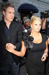 Jessica Simpson engaged with Eric Johnson