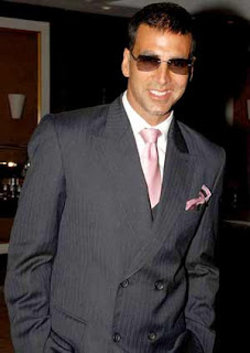 Akshay Kumar's New Year act ahead of Christmas!