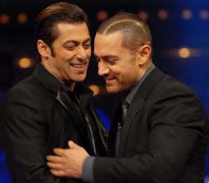 Aamir Khan can't have enough of Salman Khan