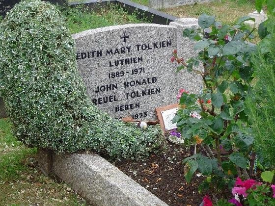 The Imaginary Museum: The Tolkien Industry