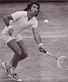 http://1.bp.blogspot.com/_ZQKuNY5QacI/R_p6Y1MNF_I/AAAAAAAAADo/KThu_-j1V6Q/s400/manuel-orantes-1974.jpg