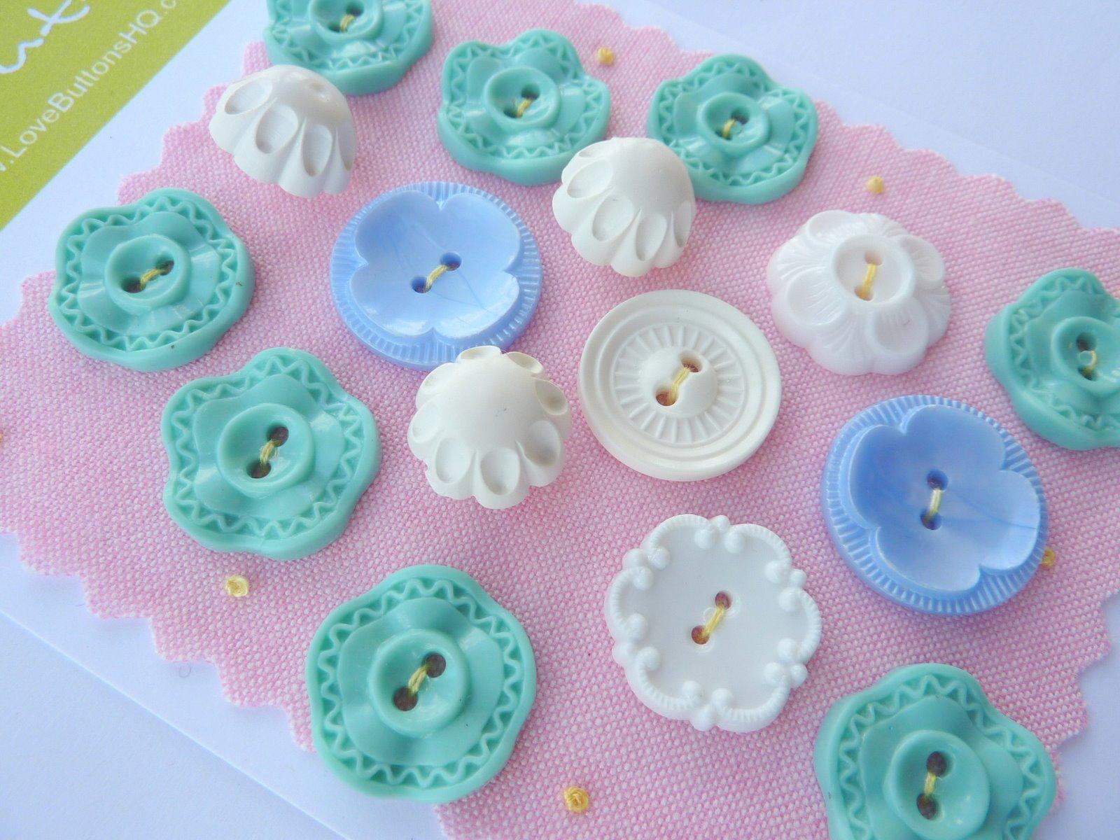 Vintage Flower Buttons 107