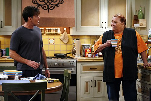 Charlie sheen, two and a half men, hollywood, ashton kutcher