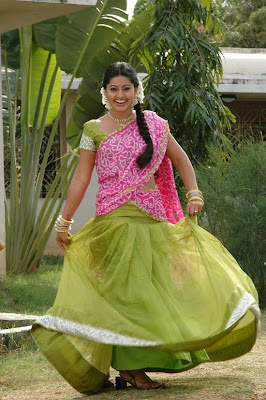 ஸ்னேஹா,Sneha hot show in half saree