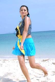 Trisha hot photos in movie khatta meetha 04