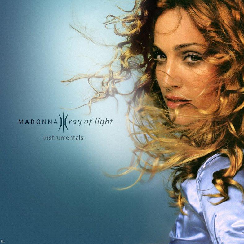 Эту женщину представлять не надо, просто напомню - madonna считается самой коммерчески успешной исполнительницей в